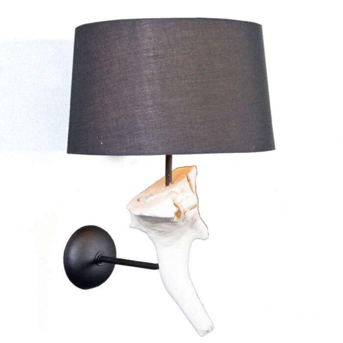 Nástěnná-lampa-Suchin-bílá-s-černým-odstínem